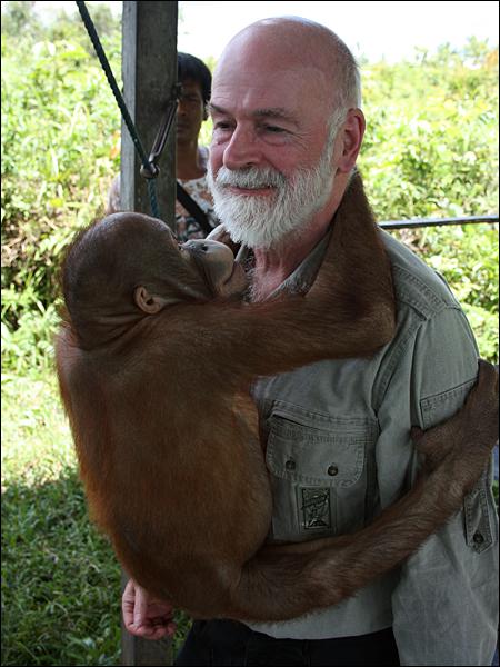Sir Terry Pratchett Borneo-01